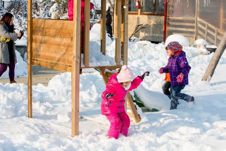 Locuri de joacă în zăpadă