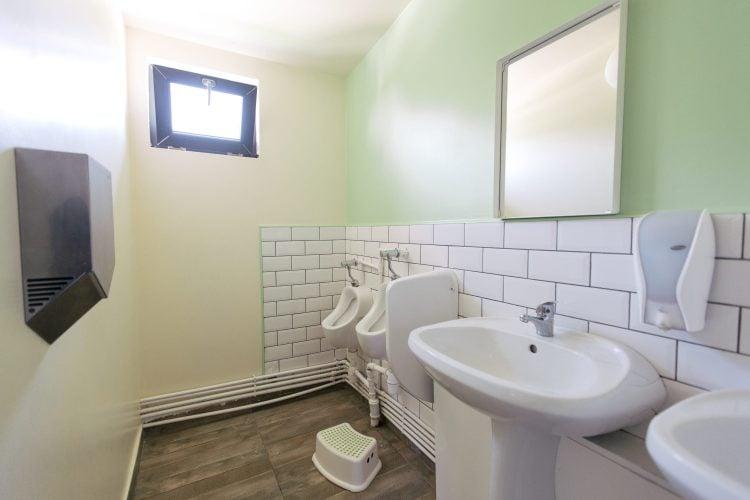 Toaletă interior