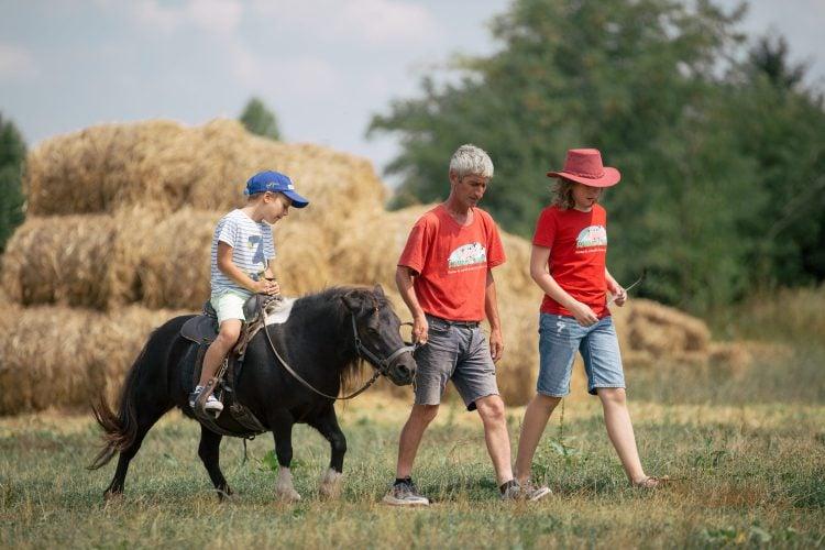 Plimbare cu poneiul